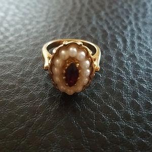 Avon ring- size 6